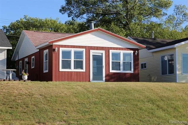 3845 Port Austin Road, Caseville, MI 48725 (MLS #R2210072929) :: Berkshire Hathaway HomeServices Snyder & Company, Realtors®