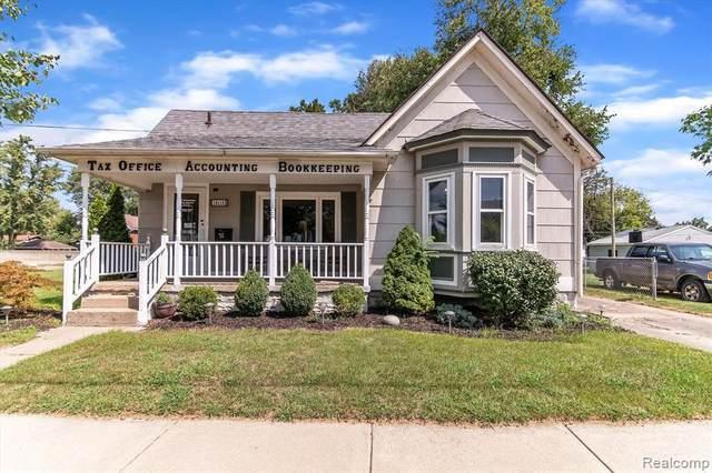 19115 Huron River Drive, New Boston, MI 48164 (MLS #R2210071884) :: Berkshire Hathaway HomeServices Snyder & Company, Realtors®