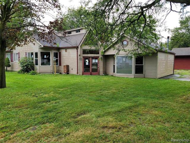 24629 Columbus Avenue, Warren, MI 48089 (MLS #R2210074402) :: Berkshire Hathaway HomeServices Snyder & Company, Realtors®