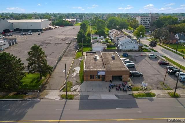 6901 Wyoming Street, Dearborn, MI 48126 (MLS #R2210074422) :: Berkshire Hathaway HomeServices Snyder & Company, Realtors®