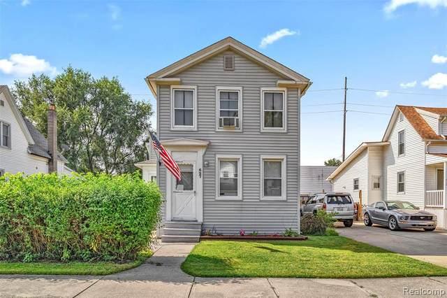 627 Orange Street, Wyandotte, MI 48192 (MLS #R2210075255) :: Berkshire Hathaway HomeServices Snyder & Company, Realtors®