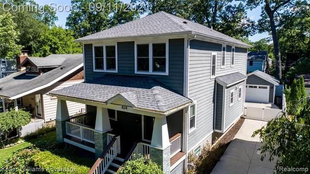 824 Hilldale Drive, Royal Oak, MI 48067 (MLS #R2210072596) :: Berkshire Hathaway HomeServices Snyder & Company, Realtors®