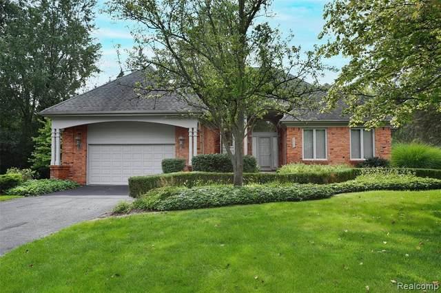 2822 Birchwood #2, Bloomfield Hills, MI 48302 (MLS #R2210074986) :: Berkshire Hathaway HomeServices Snyder & Company, Realtors®