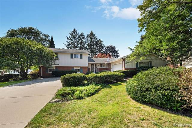 4781 Hedgewood Drive, Bloomfield Hills, MI 48301 (MLS #R2210070183) :: Berkshire Hathaway HomeServices Snyder & Company, Realtors®