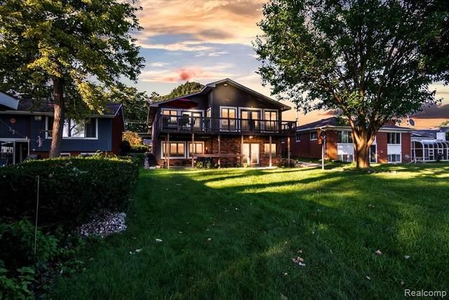 917 James K Blvd, Pontiac, MI 48341 (MLS #R2210075319) :: Berkshire Hathaway HomeServices Snyder & Company, Realtors®