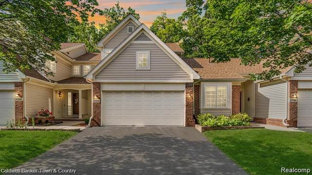 37210 Amhurst Drive, Westland, MI 48185 (MLS #R2210075918) :: Berkshire Hathaway HomeServices Snyder & Company, Realtors®