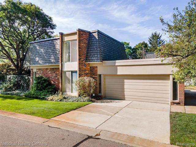 1019 Stratford Lane #28, Bloomfield Hills, MI 48304 (MLS #R2210072039) :: Berkshire Hathaway HomeServices Snyder & Company, Realtors®