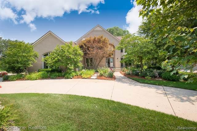1659 Squirrel Valley Drive, Bloomfield Hills, MI 48304 (MLS #R2210075996) :: Berkshire Hathaway HomeServices Snyder & Company, Realtors®