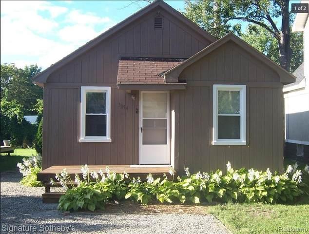 3054 Norcott Drive, Keego Harbor, MI 48320 (MLS #R2210076202) :: Berkshire Hathaway HomeServices Snyder & Company, Realtors®
