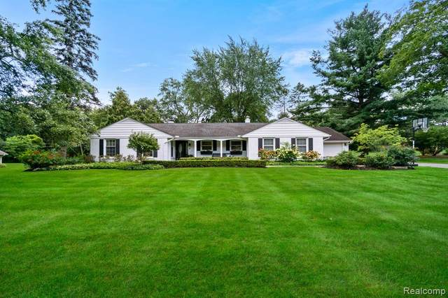 970 Hickory Heights Drive, Bloomfield Hills, MI 48304 (MLS #R2210075012) :: Berkshire Hathaway HomeServices Snyder & Company, Realtors®