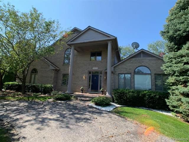 2025 Dell Rose Drive, Bloomfield Hills, MI 48302 (MLS #R2210076405) :: Berkshire Hathaway HomeServices Snyder & Company, Realtors®