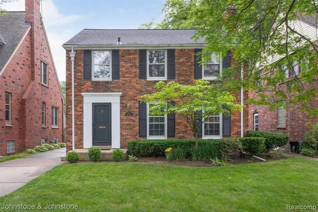 427 Moran Road, Grosse Pointe Farms, MI 48236 (MLS #R2210074861) :: Berkshire Hathaway HomeServices Snyder & Company, Realtors®