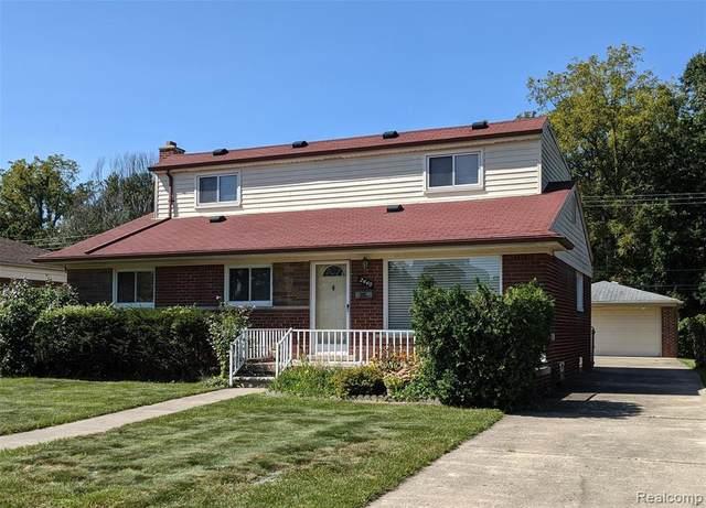 2440 Longmeadow Drive, Trenton, MI 48183 (MLS #R2210076904) :: Berkshire Hathaway HomeServices Snyder & Company, Realtors®