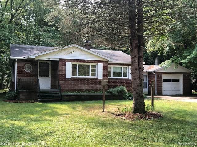 4487 Atkins Road, Port Huron, MI 48060 (MLS #R2210075708) :: Berkshire Hathaway HomeServices Snyder & Company, Realtors®