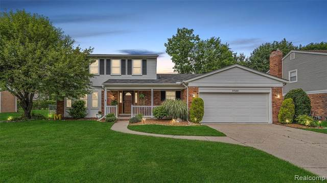 37686 Myrna Street, Livonia, MI 48154 (MLS #R2210076654) :: Berkshire Hathaway HomeServices Snyder & Company, Realtors®