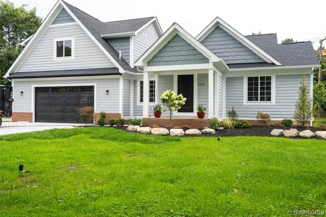 3210 Harvard Road, Royal Oak, MI 48073 (MLS #R2210076962) :: Berkshire Hathaway HomeServices Snyder & Company, Realtors®