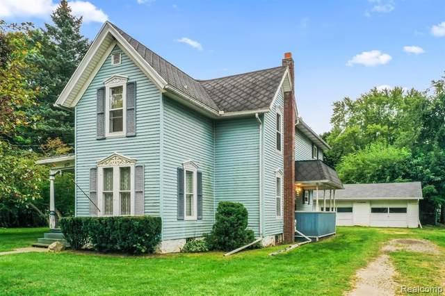 221 W Main Street, Stockbridge, MI 49285 (MLS #R2210076605) :: Berkshire Hathaway HomeServices Snyder & Company, Realtors®