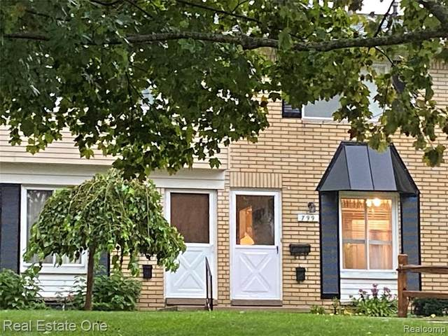 797 Hilldale, Milford, MI 48381 (MLS #R2210076518) :: Berkshire Hathaway HomeServices Snyder & Company, Realtors®