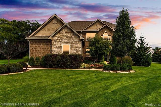 589 Dornoch, Highland, MI 48357 (MLS #R2210077902) :: Berkshire Hathaway HomeServices Snyder & Company, Realtors®