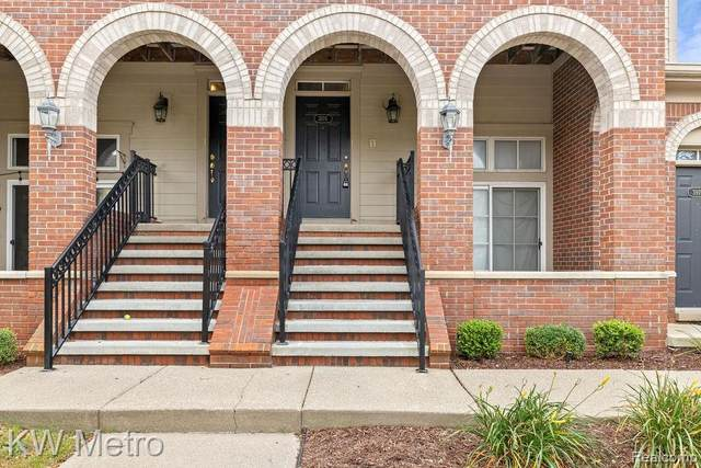 3978 Forester Blvd, Auburn Hills, MI 48326 (MLS #R2210076992) :: Berkshire Hathaway HomeServices Snyder & Company, Realtors®
