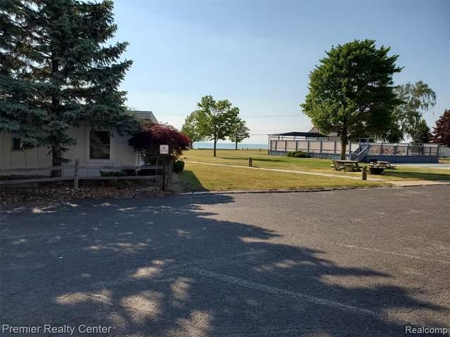 6024 Port Austin Rd # 15, Caseville, MI 48725 (MLS #R2210078396) :: Berkshire Hathaway HomeServices Snyder & Company, Realtors®