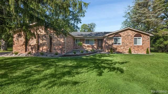 24799 Gleneyrie Drive, Southfield, MI 48033 (MLS #R2210078807) :: Berkshire Hathaway HomeServices Snyder & Company, Realtors®