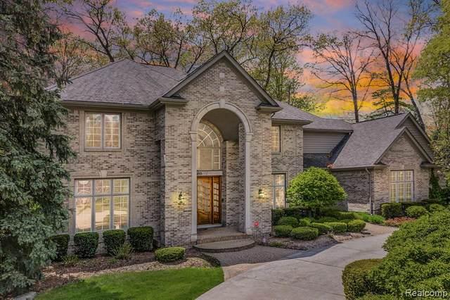2595 Manchester, Troy, MI 48098 (MLS #R2210078291) :: Berkshire Hathaway HomeServices Snyder & Company, Realtors®