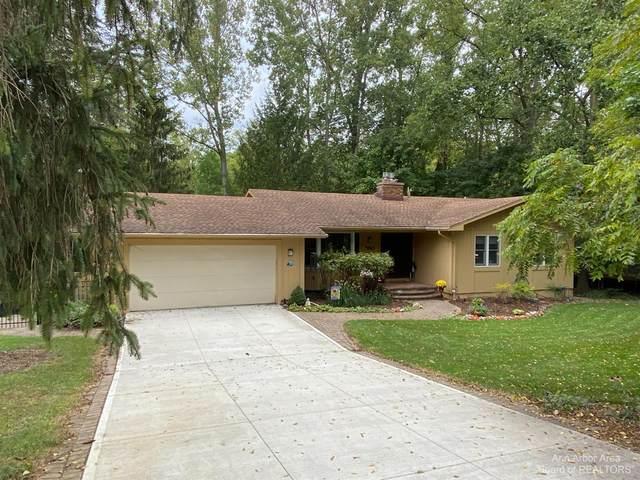 3965 E Loch Alpine Drive, Ann Arbor, MI 48103 (MLS #3284074) :: Berkshire Hathaway HomeServices Snyder & Company, Realtors®