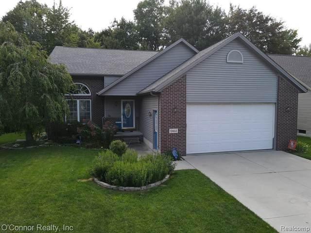 961 Emerald, Marysville, MI 48040 (MLS #R2210079262) :: Berkshire Hathaway HomeServices Snyder & Company, Realtors®