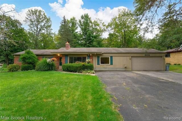 28454 Quail Hollow Road, Farmington Hills, MI 48331 (MLS #R2210078694) :: Berkshire Hathaway HomeServices Snyder & Company, Realtors®