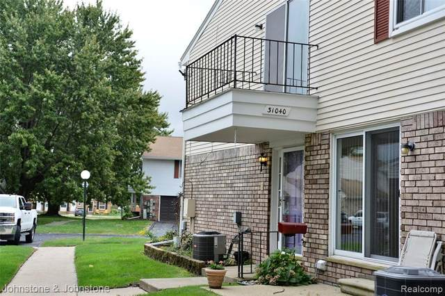 31040 Richert, Fraser, MI 48026 (MLS #R2210079985) :: Berkshire Hathaway HomeServices Snyder & Company, Realtors®