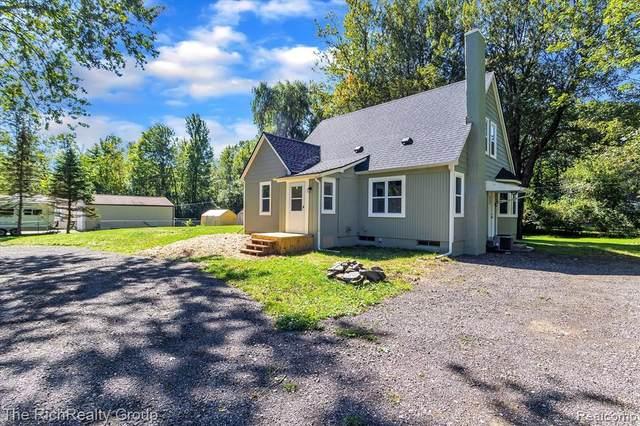 4560 S Willard Road, Canton, MI 48188 (MLS #R2210080835) :: Berkshire Hathaway HomeServices Snyder & Company, Realtors®