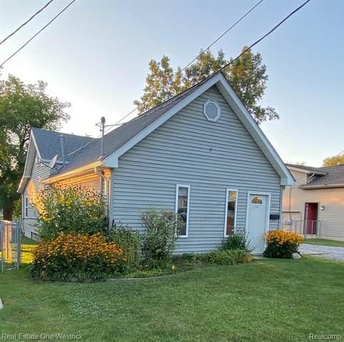 352 S Mary Street, Marine City, MI 48039 (MLS #R2210081261) :: Berkshire Hathaway HomeServices Snyder & Company, Realtors®