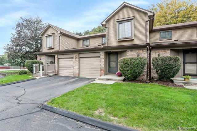 18688 W 13 Mile Road #5, Beverly Hills, MI 48025 (MLS #R2210084159) :: Berkshire Hathaway HomeServices Snyder & Company, Realtors®