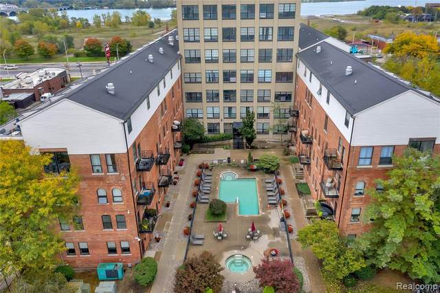 6533 E Jefferson Ave #130, Detroit, MI 48207 (MLS #R2210085345) :: Berkshire Hathaway HomeServices Snyder & Company, Realtors®