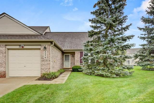 4379 W Hunters Circle, Canton, MI 48188 (MLS #3284141) :: Berkshire Hathaway HomeServices Snyder & Company, Realtors®