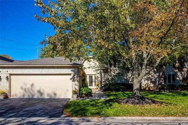 5113 Woodlands Lane, Bloomfield Hills, MI 48302 (MLS #R2210088238) :: Berkshire Hathaway HomeServices Snyder & Company, Realtors®