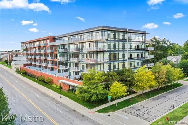 101 Curry Avenue #622, Royal Oak, MI 48067 (MLS #R2210088531) :: Berkshire Hathaway HomeServices Snyder & Company, Realtors®