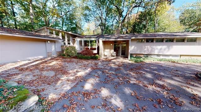 1490 Sodon Lake Drive, Bloomfield Hills, MI 48302 (MLS #R2210089020) :: Berkshire Hathaway HomeServices Snyder & Company, Realtors®