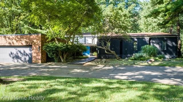 24545 Mulberry Drive, Southfield, MI 48033 (MLS #R2210089127) :: Berkshire Hathaway HomeServices Snyder & Company, Realtors®