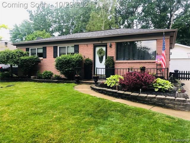 748 Georgia Avenue, Marysville, MI 48040 (MLS #R2210090147) :: Berkshire Hathaway HomeServices Snyder & Company, Realtors®