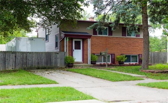 22660 Candace Dr, Rockwood, MI 48173 (MLS #R218080262) :: The Toth Team