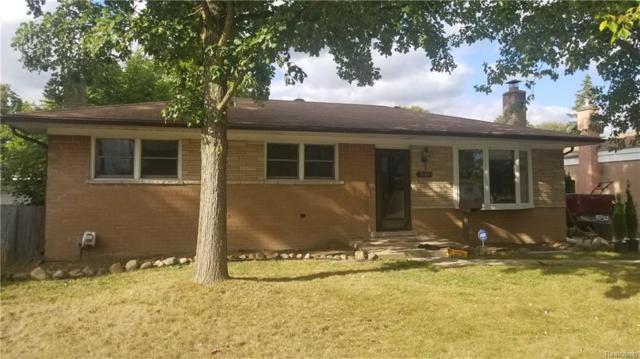 13327 N Murthum Ave N, Warren, MI 48088 (MLS #R218097147) :: The Toth Team