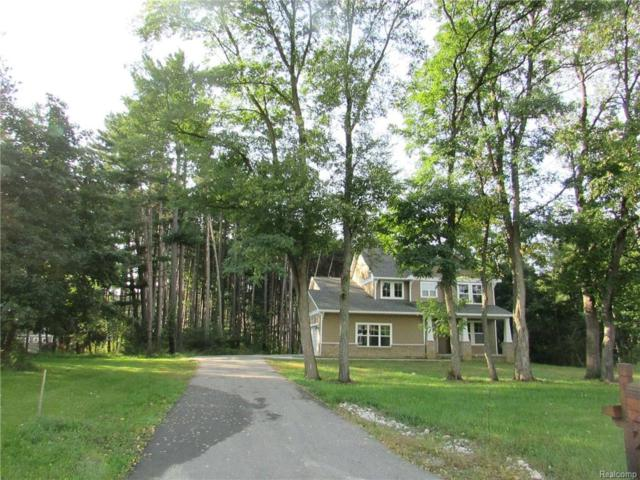 2714 Pine Shadow Crt, Pinckney, MI 48169 (MLS #R218102413) :: Keller Williams Ann Arbor