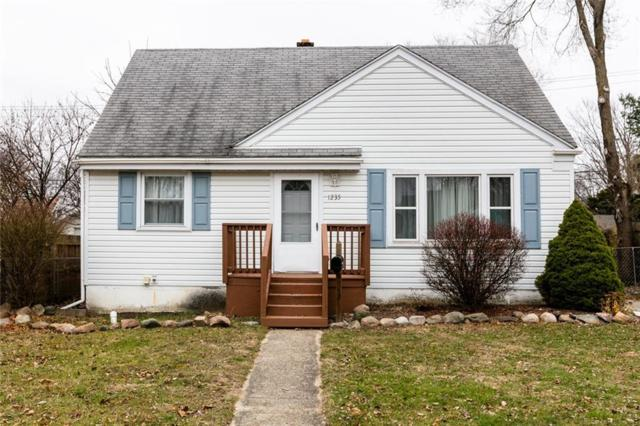 1235 Evelyn Ave, Ypsilanti, MI 48198 (MLS #R218115183) :: The Toth Team