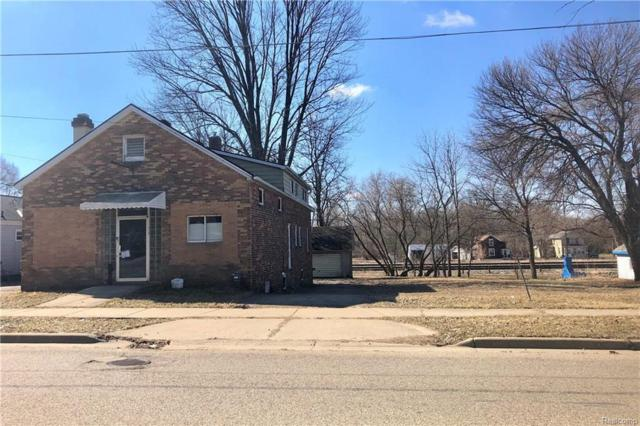715 Page Ave, Jackson, MI 49203 (MLS #R219022795) :: The Toth Team