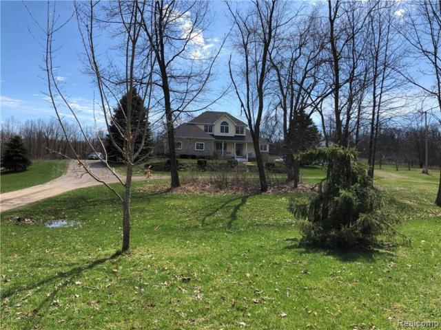 5090 Dean Rd, Howell, MI 48855 (MLS #R219033450) :: Berkshire Hathaway HomeServices Snyder & Company, Realtors®