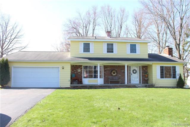 6214 Golfview Dr, Burton, MI 48509 (MLS #R219035790) :: Berkshire Hathaway HomeServices Snyder & Company, Realtors®