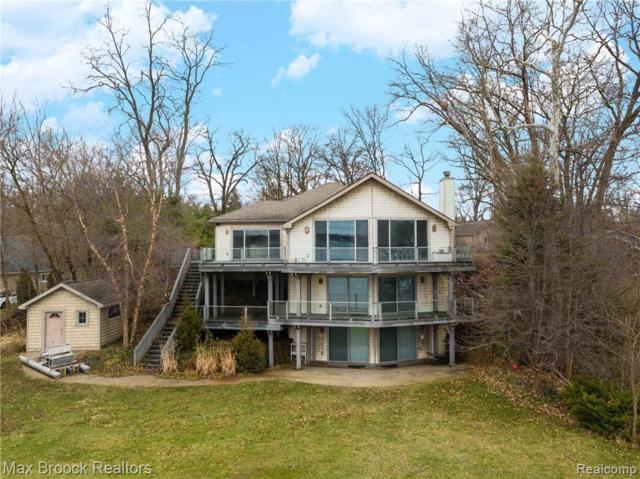 11321 N Shore Dr, Whitmore Lake, MI 48189 (MLS #R219035976) :: Berkshire Hathaway HomeServices Snyder & Company, Realtors®