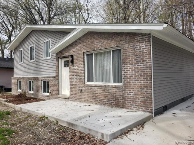 50710 Peggy Ln, Chesterfield, MI 48047 (MLS #R219039132) :: The Toth Team